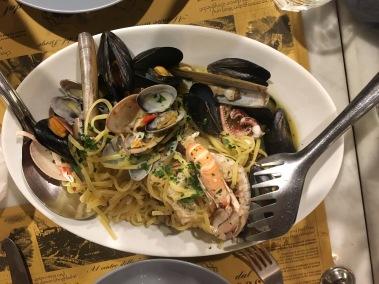 Best tagliolini ai fruiti di mare in Cique Terre at Osteria a Cantina de Mananan